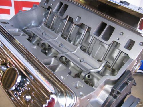 chevy-383-vortec-crate-engine-close